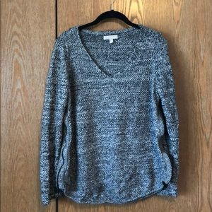 Marbled grey V neck sweater with zipper details